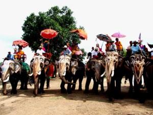 งานประเพณีแห่ช้างบวชนาคชาวไทพวน