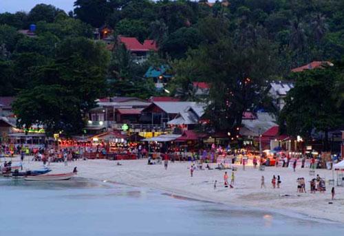 ฟูลมูนปาร์ตี้ ที่คนทั้งโลกใฝ่ฝัน เกาะพะงัน สุราษฏร์ธานี