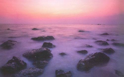 ยามเย็นพระอาทิตย์ตก หาดทรายแดง