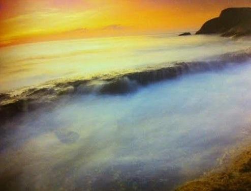 แนวหินและฟองคลื่น เกาะสี่ หมู่เกาะสิมิลัน
