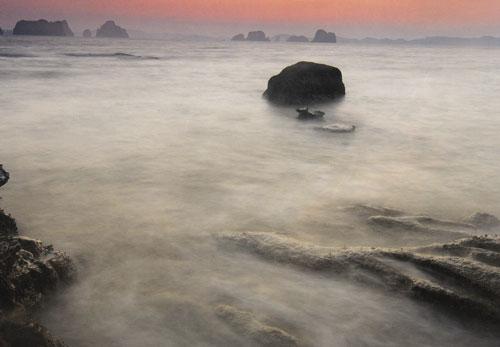 ท่าเลน เกาะห้อง แหลมจมูกควาย บนทางคลื่นและแรงลม