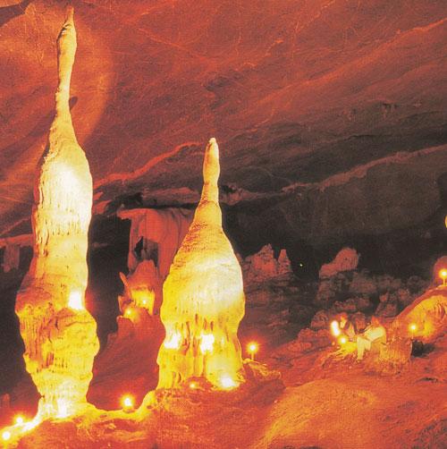 เที่ยวถ้ำเกล็ดแก้ว อุทยานแห่งชาติภูผาม่าน ขอนแก่น