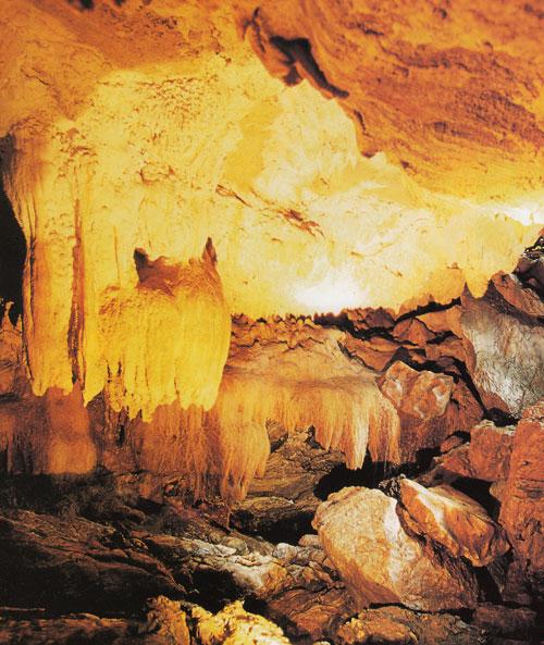 ถ้ำหงส์ อุทยานแห่งชาติเขานัน นครศรีธรรมราช