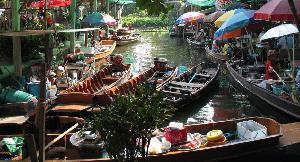 ตลาดน้ำวัดไทร เขตจอมทอง กรุงเทพมหานคร