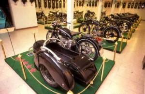 พิพิธภัณฑ์สุนทร เขตบางแค กรุงเทพมหานคร