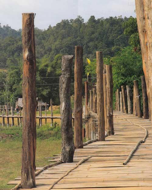สะพานซูตองเป้ สะพานไม้แห่งศรัทธาของเมืองสามหมอก แม่ฮ่องสอน